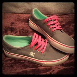 Dc grey and pink flat shoes